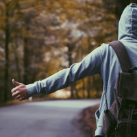 Разыскиваемый школьник из Красноярки может находиться в Омске