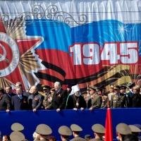 Бурков и Варнавский пожелали ветеранам здоровья
