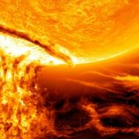 Метеозависимых омичей предупреждают о мощной магнитной буре