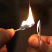 В Сочи зажгут самый маленький в мире Олимпийский факел