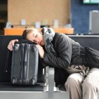 В омском аэропорте рейс в Санкт-Петербург задержали на 8 часов