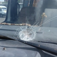 В центре Омска разбили 16 маршруток на охраняемой стоянке