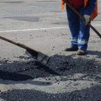 В Омске к октябрю отремонтируют 18 дорог