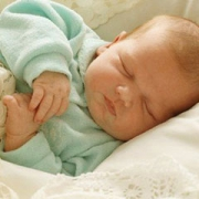 Омичка родила ребенка, но заявила, что его подбросили