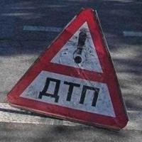 В Омске пьяный водитель, двигаясь по обочине, сбил женщину