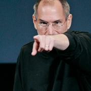 В Омске день памяти Стива Джобса отметят мужским стриптизом