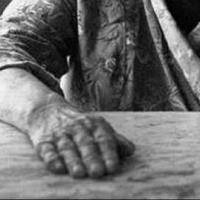 Омичка и ее сын до смерти замучили пытками пенсионерку, требуя денег на выпивку