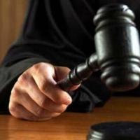 В Омской области осудили трех мужчин, до смерти избивших подростка