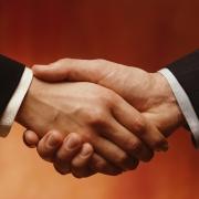 Власти, профсоюзы и работодатели Омской области подписали соглашение о социальном партнерстве