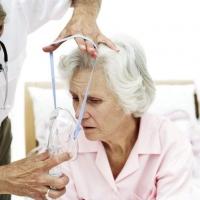 Омичей научат правильно ухаживать за тяжелобольными