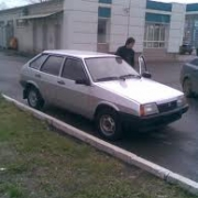 В Центральном округе Омска столкнулись шесть автомобилей