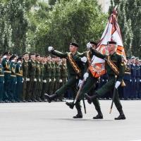 Не менее 1 тысячи жителей Омской области пойдут служить по контракту в 2016 году