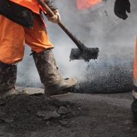 В Октябрьском округе Омска отремонтировали девять дорог