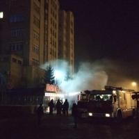 МЧС прокомментировало ночной пожар в омской «Победе»