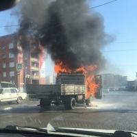 В Омске на дороге дотла сгорела «ГАЗель»
