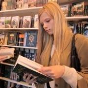 В Омске озадачились проблемой нечитающей молодежи