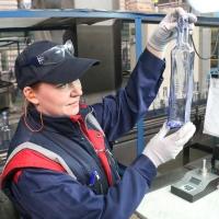 Омские стекольщики готовятся к выпуску миллиардного изделия