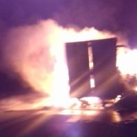 На трассе Тюмень-Омск от удара загорелись две фуры