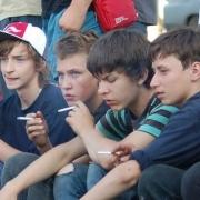 В Омске два школьника из Казахстана отравились курительной смесью