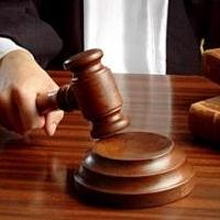 Жителя Омской области, избившего участкового, осудили на два года колонии