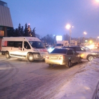 Крупная авария парализовала центр Омска