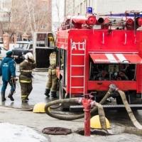 Появилось видео учений МЧС, тушивших условный пожар в Омске