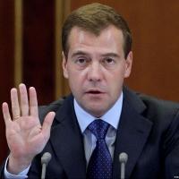 В правительстве опровергли визит Медведева в Омск