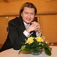 Омский продюсер Грушевский осужден на 17 лет за педофилию