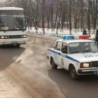 Омичей возят на неисправном общественном транспорте
