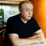 """""""Генерал-майор"""" обвиняется в похищении 760 тысяч и совращении малолетних"""