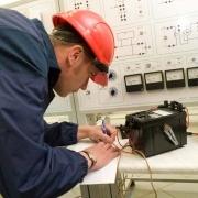 """Нефтезавод, """"Омскшина"""" и холода привели к росту потребления электричества"""