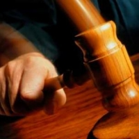 Омича, избившего судебного пристава, приговорили к пяти годам тюрьмы