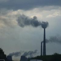 В омском воздухе зафиксировали превышения различных веществ