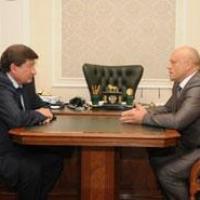 Двораковский предложил Назарову вернуть в Омск налоги с нефтезавода