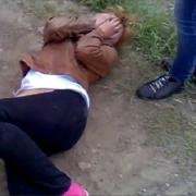 В Омске осудили девушку, избившую 14-летнюю школьницу