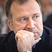 """В совет директоров """"Омскэлектро"""" выбирают трёх депутатов Горсовета"""