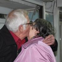 Ежегодно примерно 500 пенсионеров Омской области вступает в брак