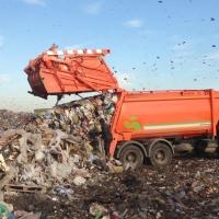 Из центра Омска вывезли 8 тысяч грузовиков мусора