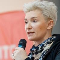 В Омске Диана Арбенина откровенно поговорила со студентами