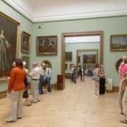 Собрали уникальные коллекции сотрудники музея «Искусство Омска»