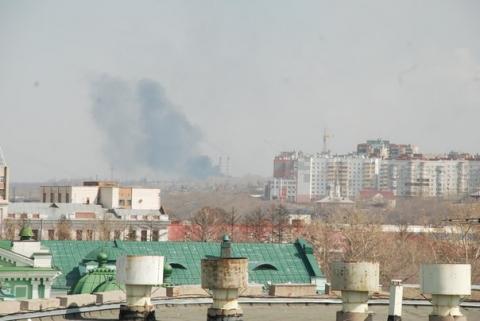 В центральном районе омичей напугал едкий дым