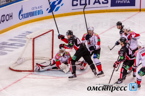 "Омский ""Авангард"" вырвал победу у последней команды лиги"