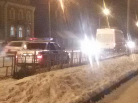 В Омске маршрутка въехала в ВАЗ