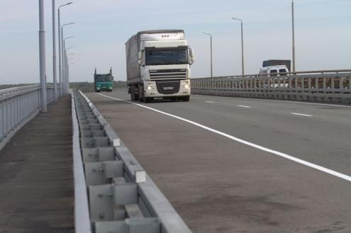 Мост через Иртыш открыли после годичного ремонта