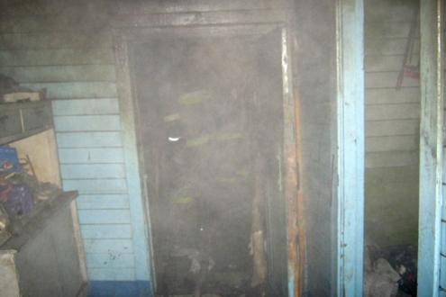 В Калачинске пожар унес жизни двух человек