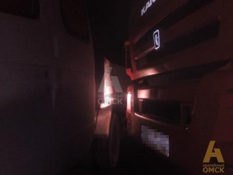 ДТП с участием пяти машин произошло на Окружной дороге Омска