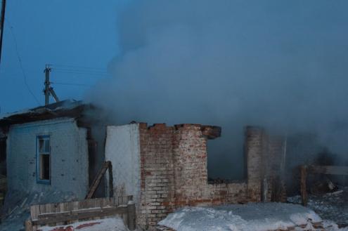 В Омской области трое детей погибли на пожаре