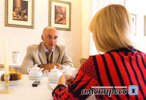 """Вадим Меренков: """"Любой мог купить автомобиль, на котором ездил губернатор"""""""