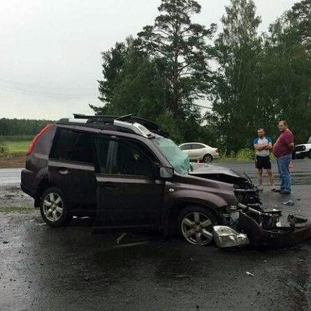 На федеральной трассе в ДТП с КАМАЗом погибли трое омичей