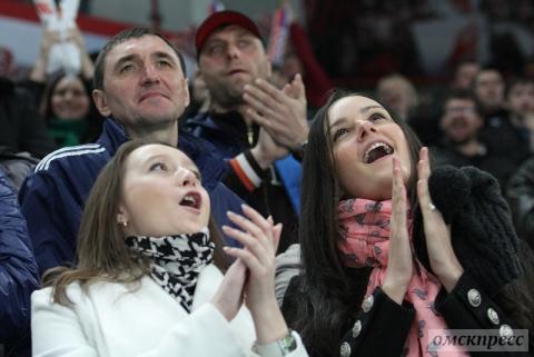 """""""Авангард"""" выиграл Кубок Надежды и отдал его Демичевой"""